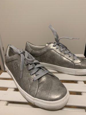 Glänzende Sneakers Rieker Gr. 39