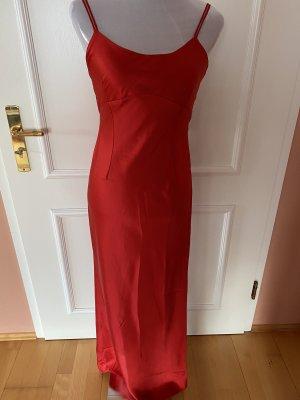 Glänzendes bodenlanges Abendkleid von Escada