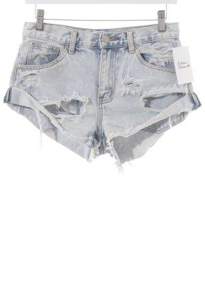 Glamorous Jeansshorts stahlblau-blassblau Street-Fashion-Look
