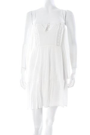 Glamorous schulterfreies Kleid weiß