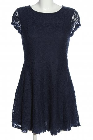 Glamorous Lace Dress blue casual look