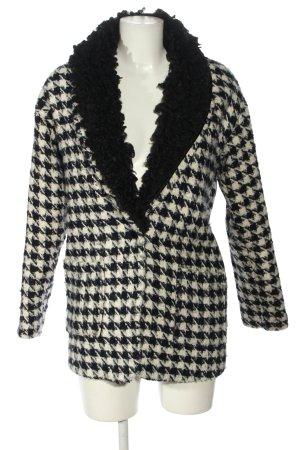 Glamorous Abrigo de punto blanco-negro look casual