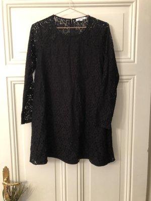 Glamourös Kleid
