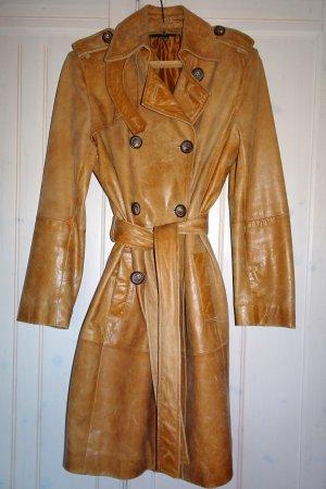 Zara Basic Abrigo de cuero coñac-marrón claro