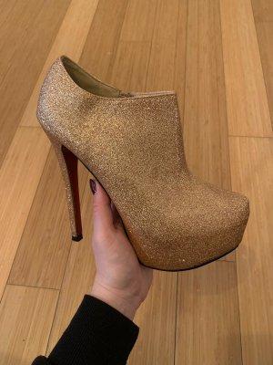 Belle Women Chaussure à talons carrés doré