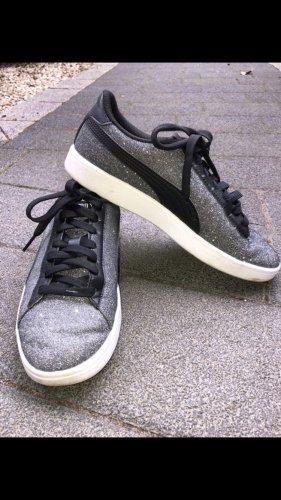 Glitzernde Puma Schuhe