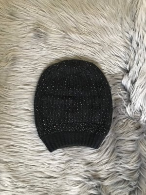 Gorro negro-color plata