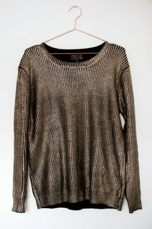 Gold Metallic-Pullover Oversized