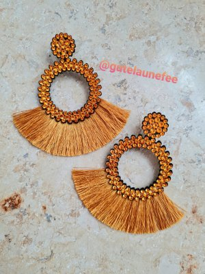 Dangle gold orange