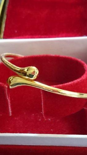 Goldene Armband Armreif verstellbar.