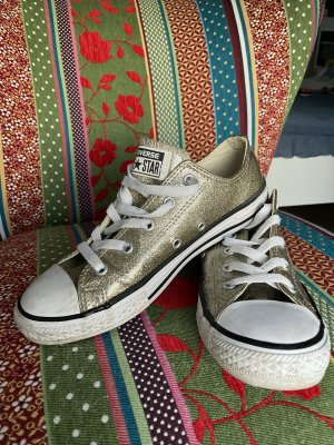Goldene Converse All Star