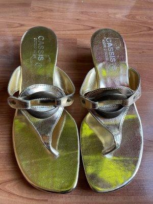 Cassis Côte d'Azur Flip-Flop Sandals gold-colored