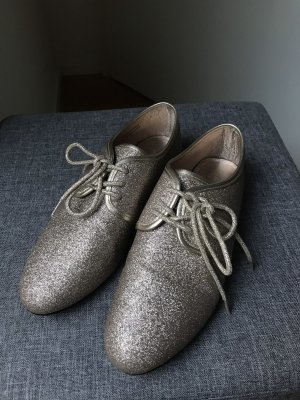 Goldene Glitter Schuhe