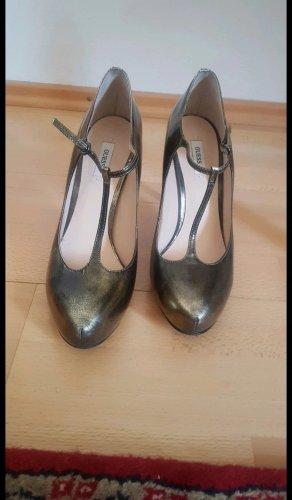 Goldene Guess Heels
