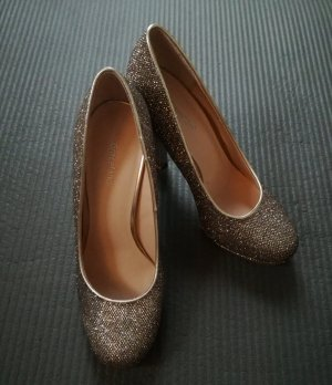 Goldene High Heels Pumps