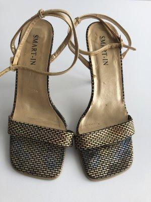 Goldene High Heels Sandaletten