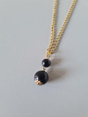goldene Kette mit schwarzen Perlenanhänger vintage
