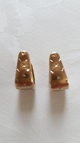 Goldene Ohringe