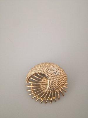 goldene runde Brosche vintage