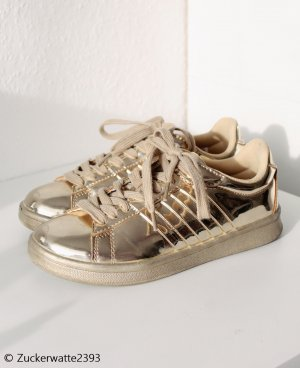 Goldene Sneaker 36/37 Stylisch Eyecatcher