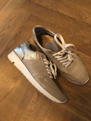 Goldene Sneaker Mark Adams