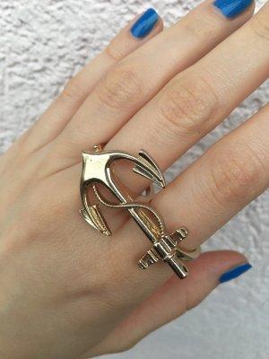 goldener anker-ring