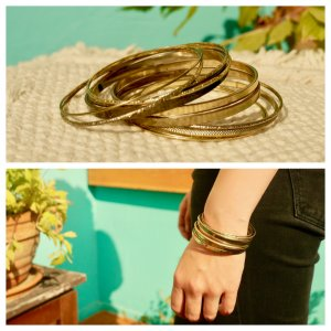 Bangle gold-colored metal
