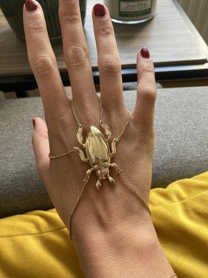 Goldener Käfer-Handschmuck