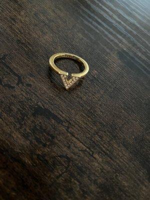 Goldener Ring vom Swarowski