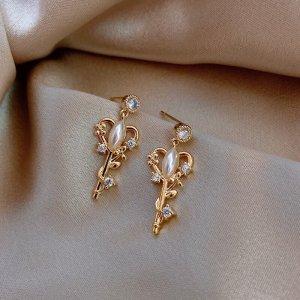 goldener Schlüssel Neu elegante rococo Stil Ohrringe mit glänzendem zirkonia