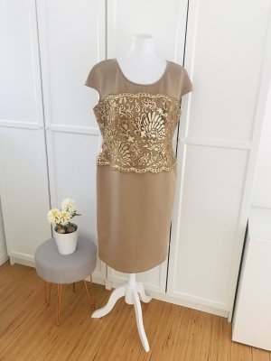Goldenes Abendkleid