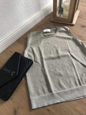 Goldenes Shirt