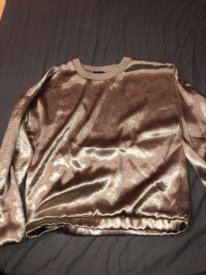 Goldenes Sweater