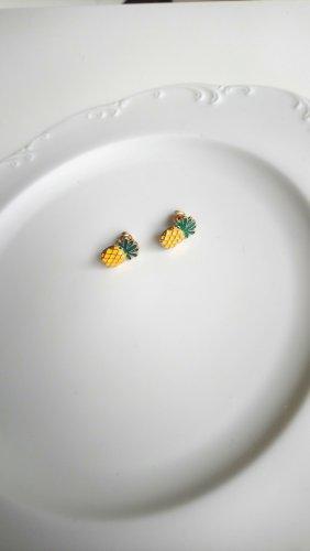 goldfarbene Ohrringe mit Ananas