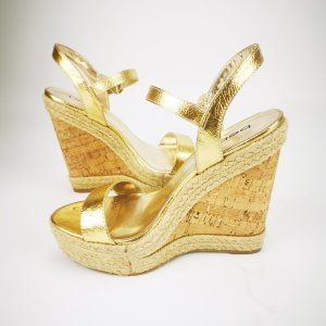 Wedge Sandals gold-colored