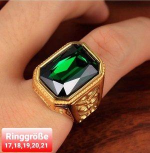 Goldfarbener Ring aus Chirurgenstahl mit grünem Cz