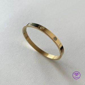 ♈️ Goldfarbenes Armband mit weißem CZ-Stein 6 mm
