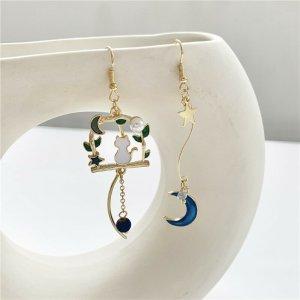 Goldfarbig statement Ohrringe mit kätzchen Mond Sternchen Anhänger Blau vintage retro