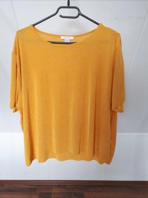 Goldoranges T-Shirt