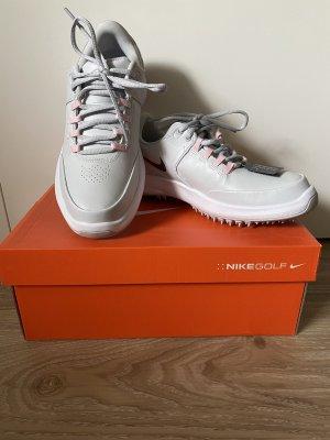 Golfschuhe von Nike - NEU!