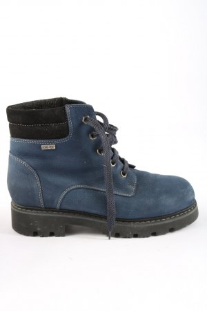 Gore Tex Winter Boots blue-black casual look