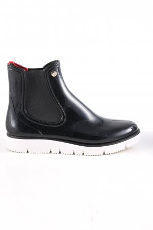 GOSCH Slouch Booties black-white casual look