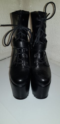 Gothic Boots black