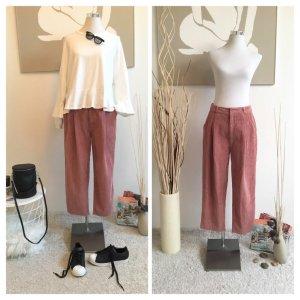Urban Outfitters Pantalon en velours côtelé rose