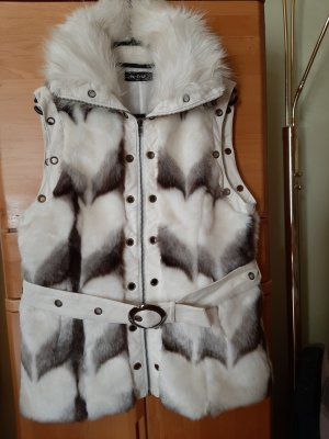 Grace Fake Fur Jacket white