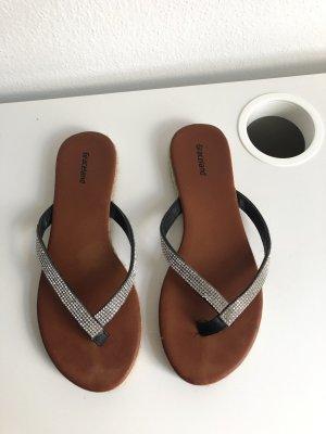 Graceland Flip-Flop Sandals multicolored