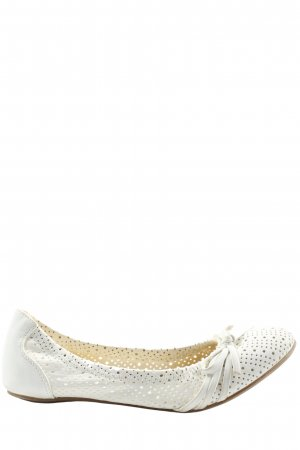 Graceland Foldable Ballet Flats white casual look