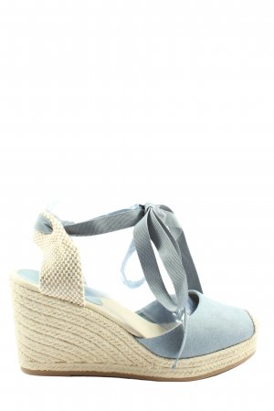Graceland High-Front Pumps blue-cream casual look