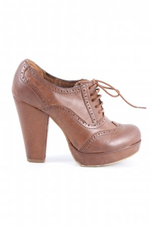 Graceland High-Front Pumps brown casual look