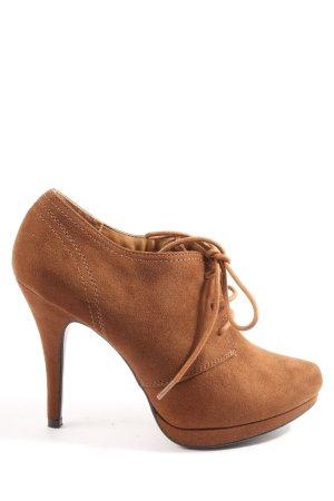 Graceland Chaussure à talons carrés brun style décontracté